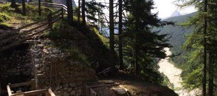 ruderi del castello con panorama sul Boite (SG)