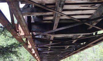 il ponte della ex ferrovia ... da sotto